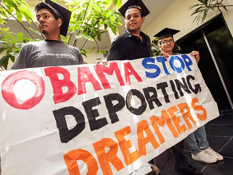 dream_act_obama_ap_photo